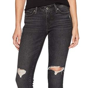 Levi's Women's 711 Skinny Jeans, Bandit Black, 31